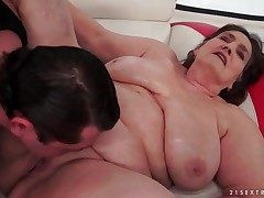Old BBW fucked close by their way unveil pussy